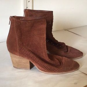 Jeffrey Campbell, Perforated Leather, Rust, 7